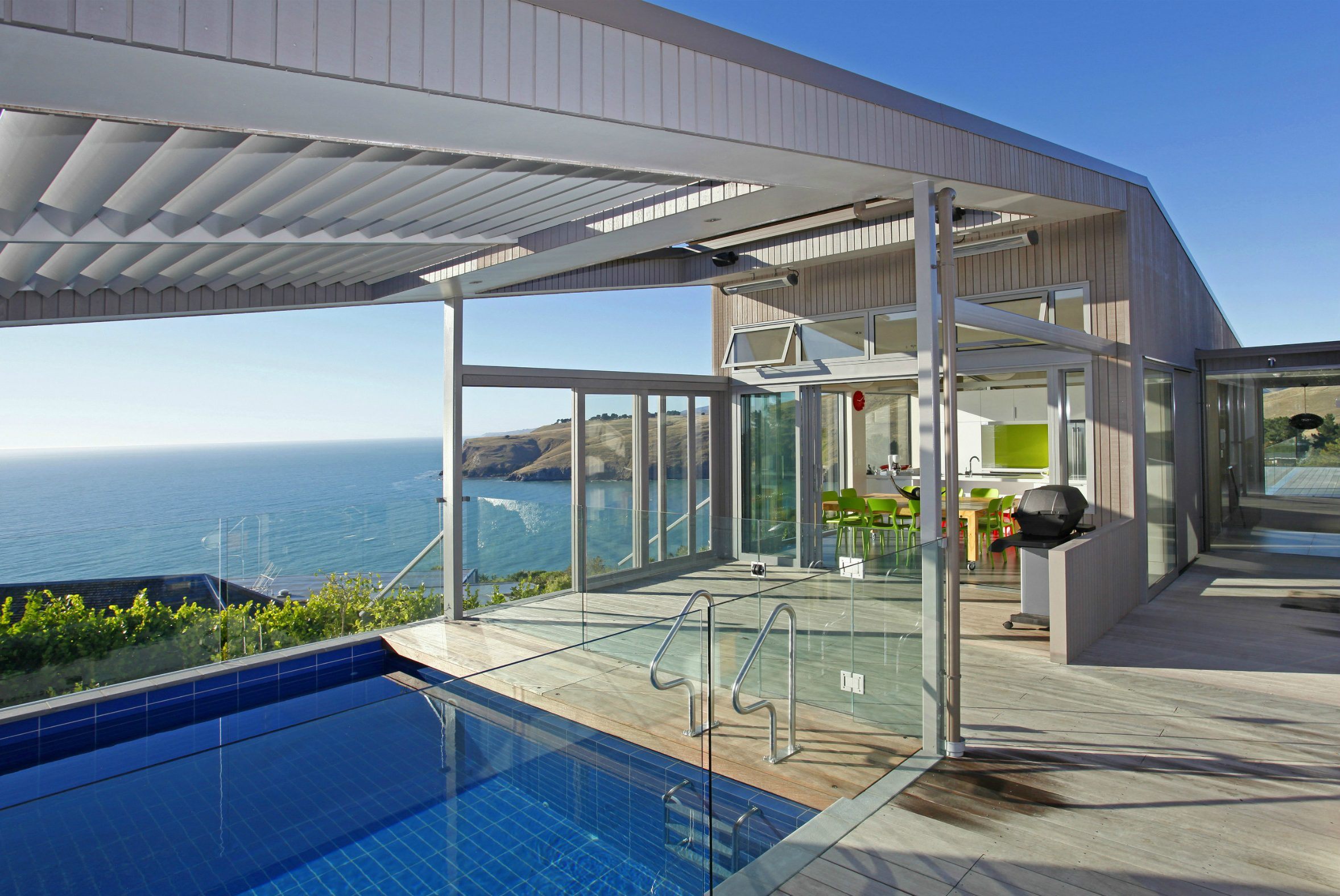 Architects New Zealand house swimming pool louvres