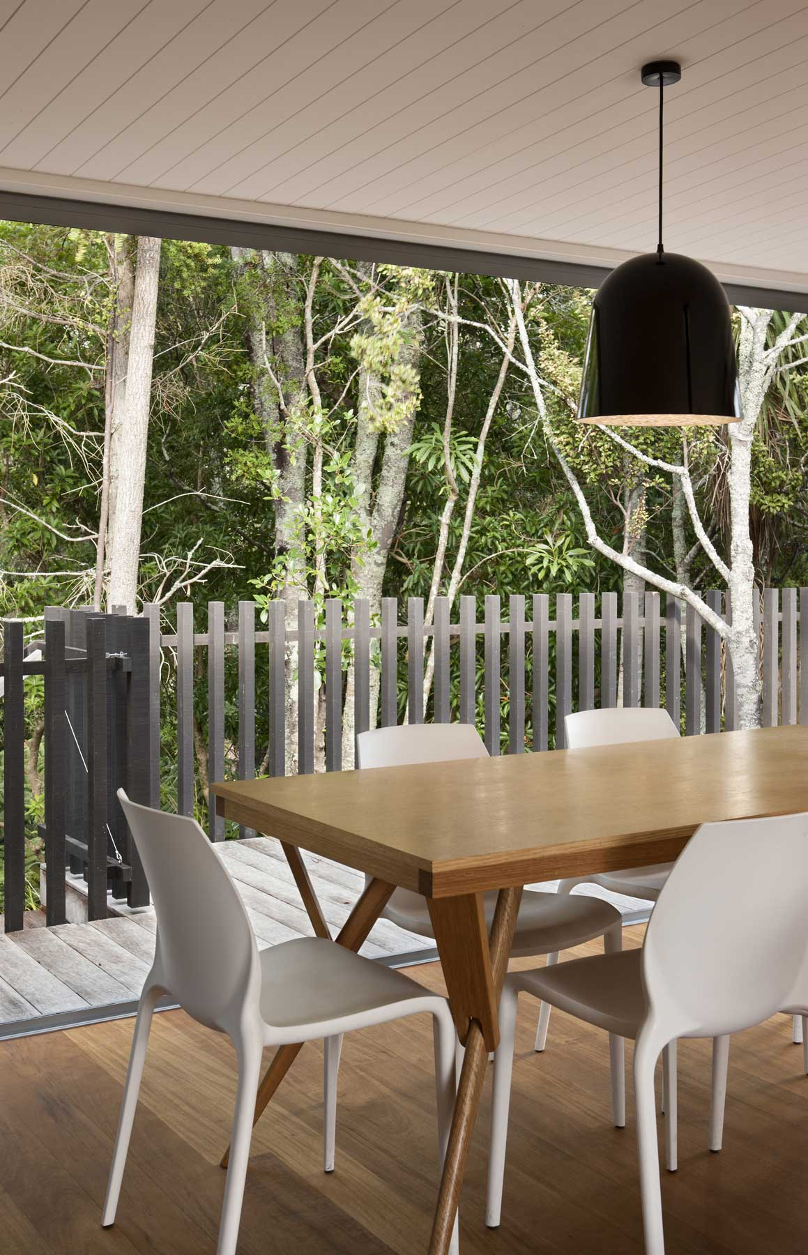 North shore bush architecture timber balustrade