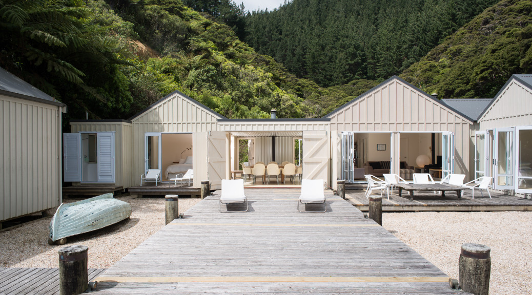 NZ architects boat shed house