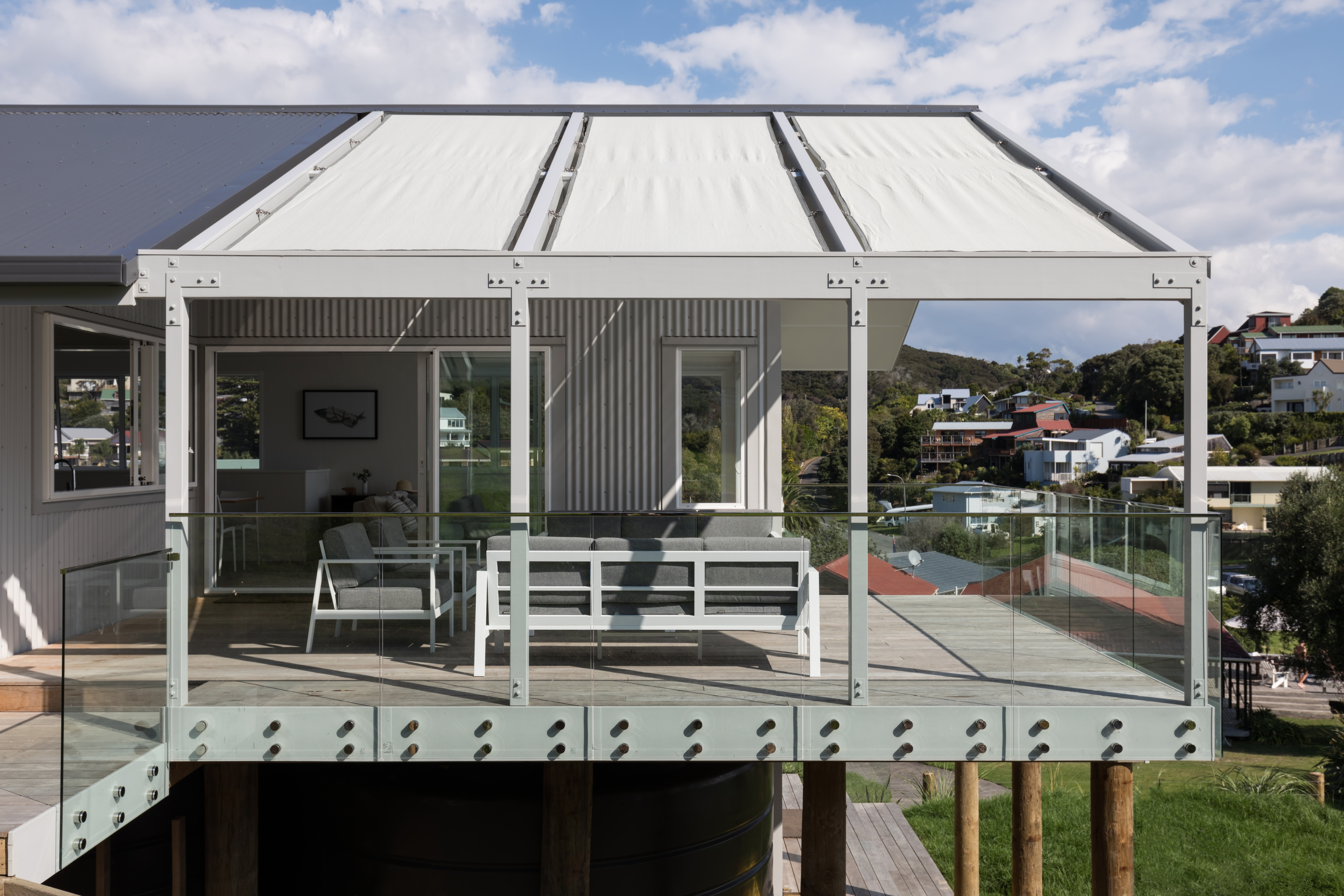 Sunny covered deck in the Bay of Islands