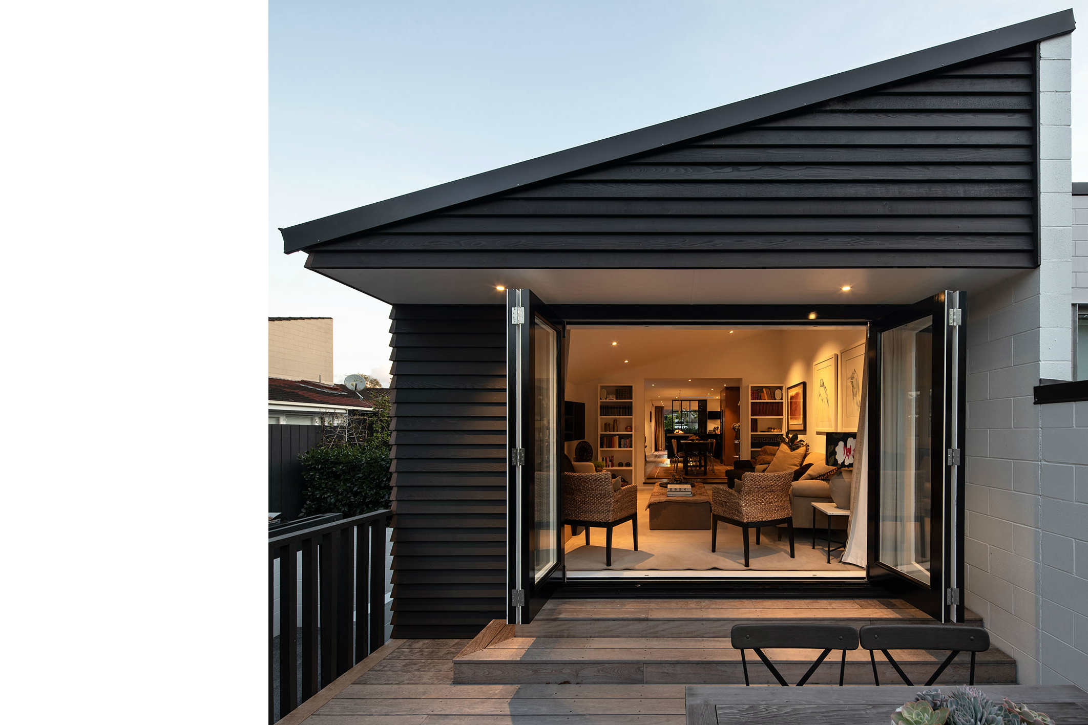 Cedar clad architecture by city architects, Auckland